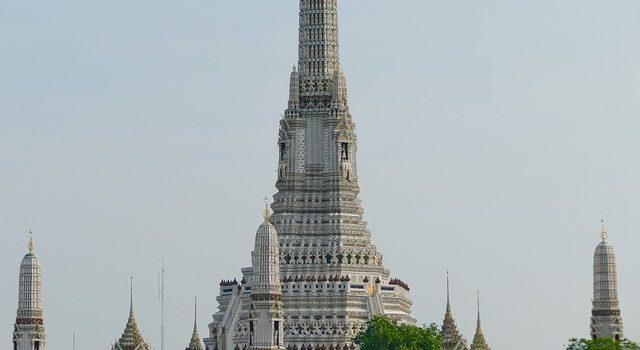 Wat Arun  najimpresivniji hram Bangkoka
