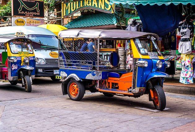 Tuk Tuk – par savjeta prije vožnje kroz Bangkok