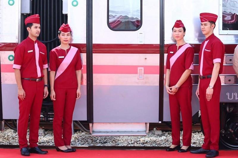 osoblje-vlaka-tajland-thailand-train-crew