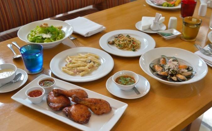 buffet-caffe-g-bangkok-hrana-thaimer