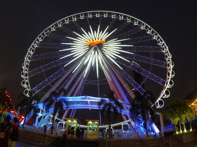wheel night market bangkok