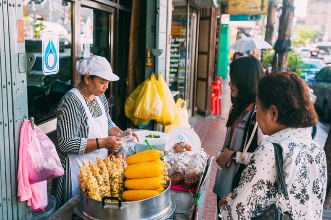 Bangkok planira ukloniti sve street food štandove s ulica thaimer net 2