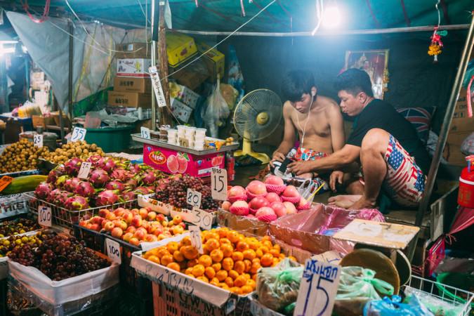 Bangkok planira ukloniti sve street food štandove s ulica thaimer net