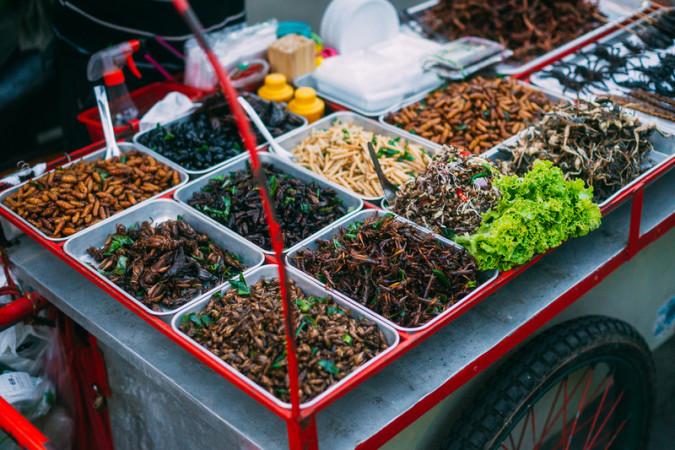 bangkok uklanja street food