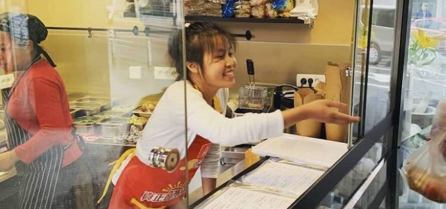 Zagreb je dobio prvi tajlandski street food štand Khaos Thai