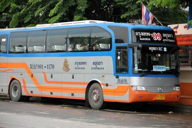 Bus-Bangkok-Ayutthaya