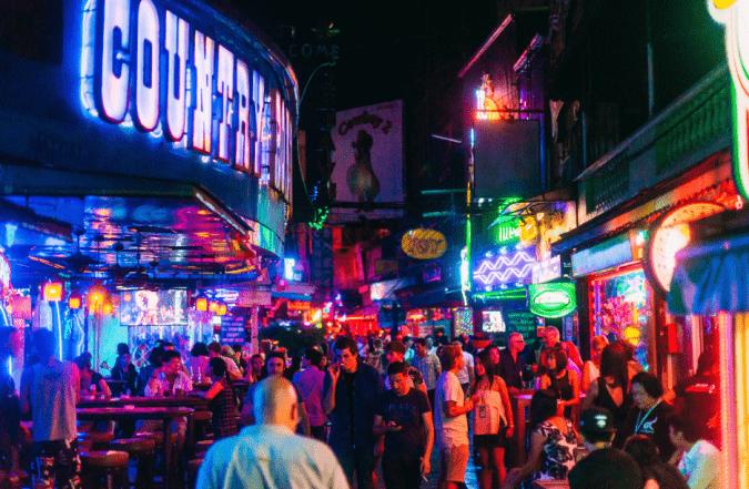 noćni život Bangkok soi cowboy go go plesačice kurve bangkok kurve tajland prostitutke cijena barovi bargirls